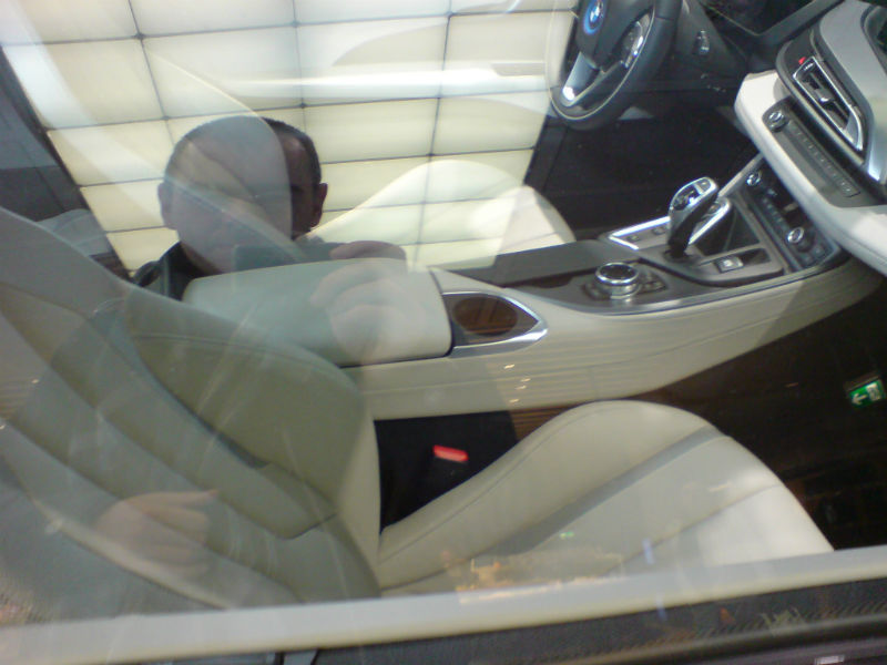 Noul BMW i8 poze aeroport Munchen 4