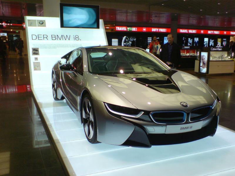 BMW i8 aeroport munchen 1