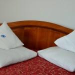 cazare in Targu Mures la Motel Via in camera matrimoniala cu mic dejun inclus intr-o atmosfera calda