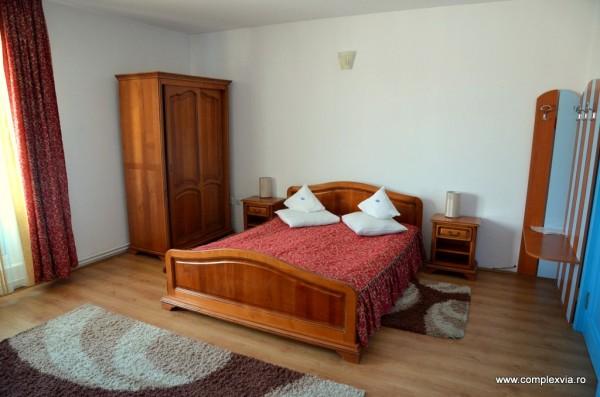 Cazare Hotel Targu Mures la Via poza din camera matrimoniala clasica