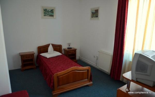 Cazare in Targu Mures la Pensiune Restaurant Motel Via, imagine din camera single foarte ieftin